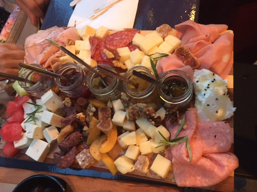 Cinque Wine Bar; Charcuterie; Greek wines; Greek cheese; Athens; Greece