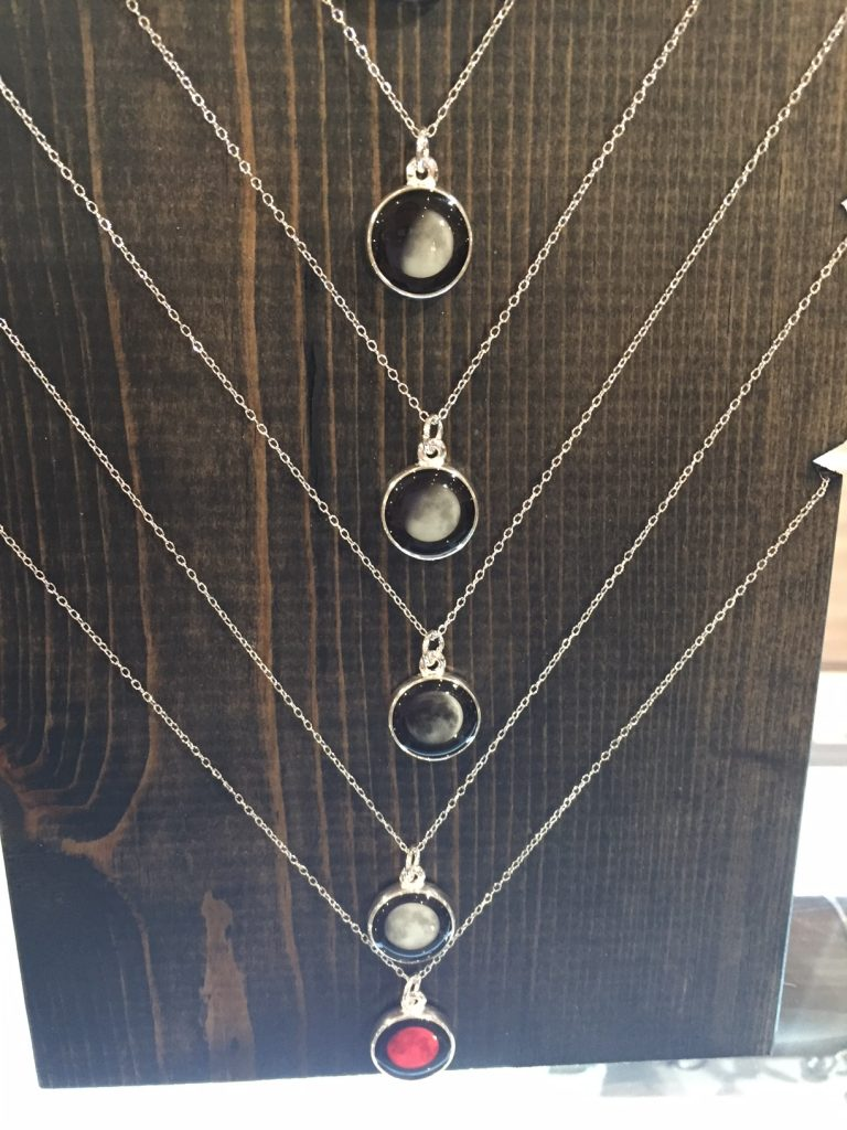 Moonglow jewelry; moon phase; 2017 gift guide