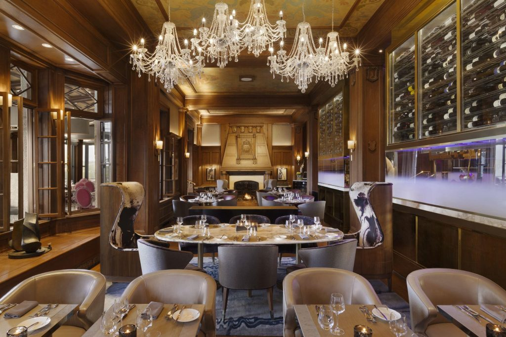 The Champlain Dining Room at Fairmont Le Chateau Frontenac