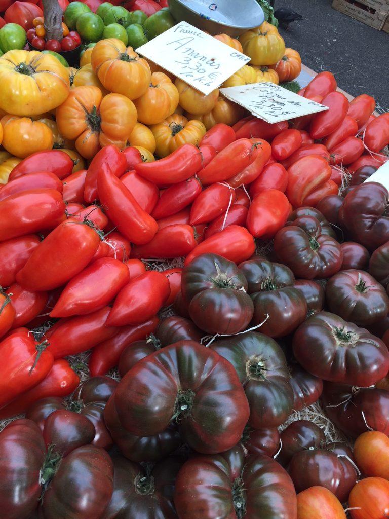La Croix Rousse Farmers market; Lyon