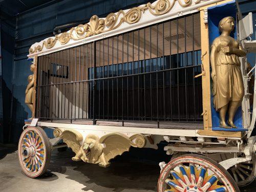 circus animal wagon