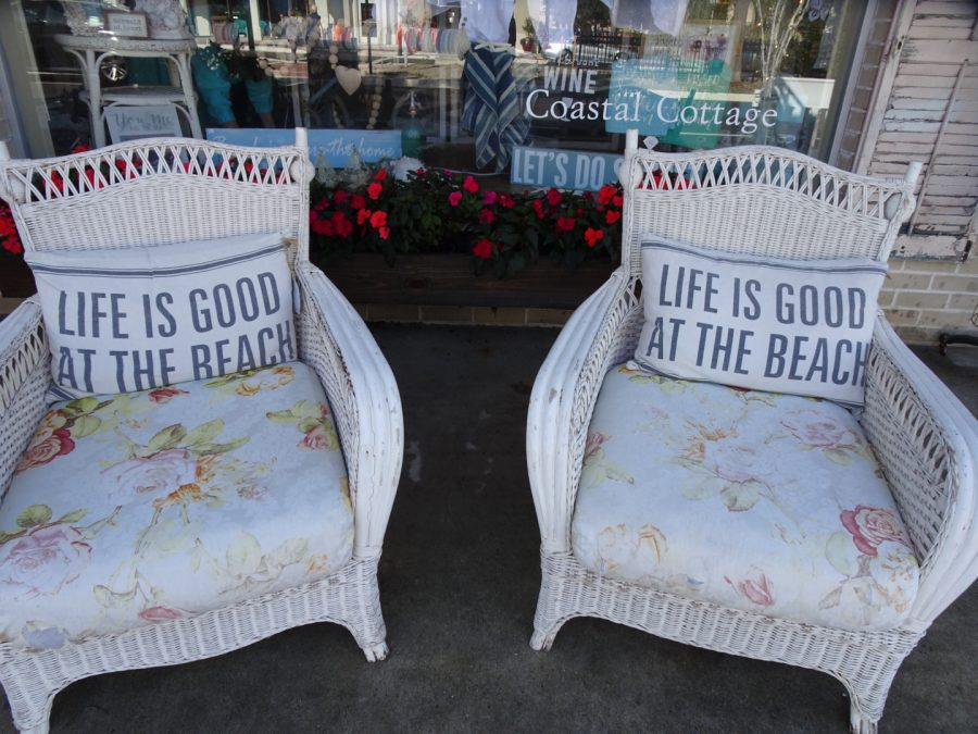 life is good at the beach chairs