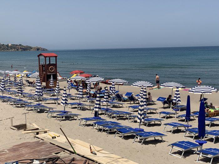 Cefalu beach