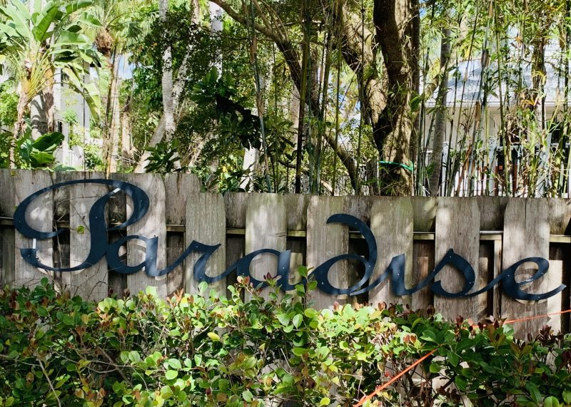 Paradise sign in Naples Florida