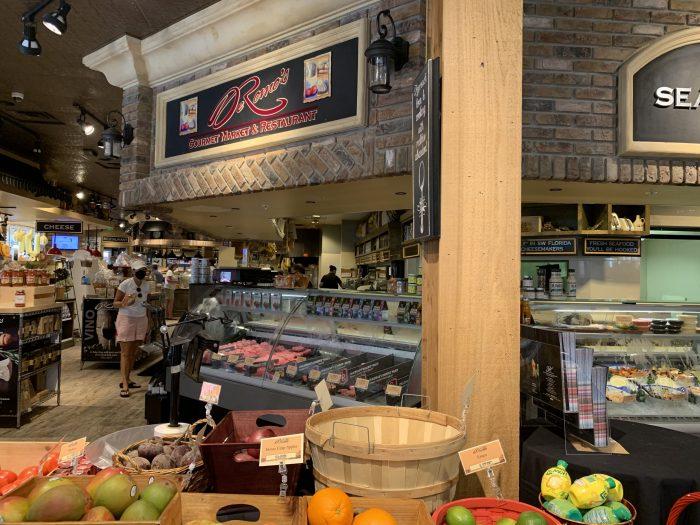 DeRomo's Gourmet Market and Restaurant in Bonita Springs